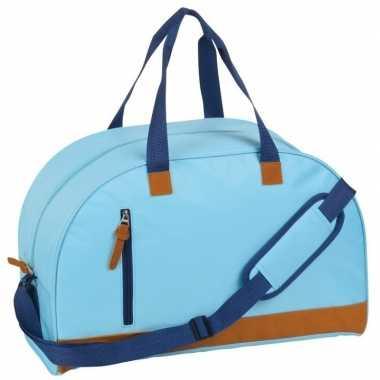 Gymtas lichtblauw/bruin met schouderband 40 liter